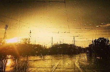 Yağmurlu Bir Akşam